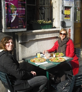 Lunsj Kristin og Malin