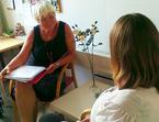 Rådgiver ved Senter for sjeldne diagnoser i samtale