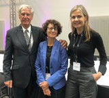 The past president, Christoph Huber, and the new president, Özlem Tureci, together with newly elected member of the Executive Board, Johanna Olweus